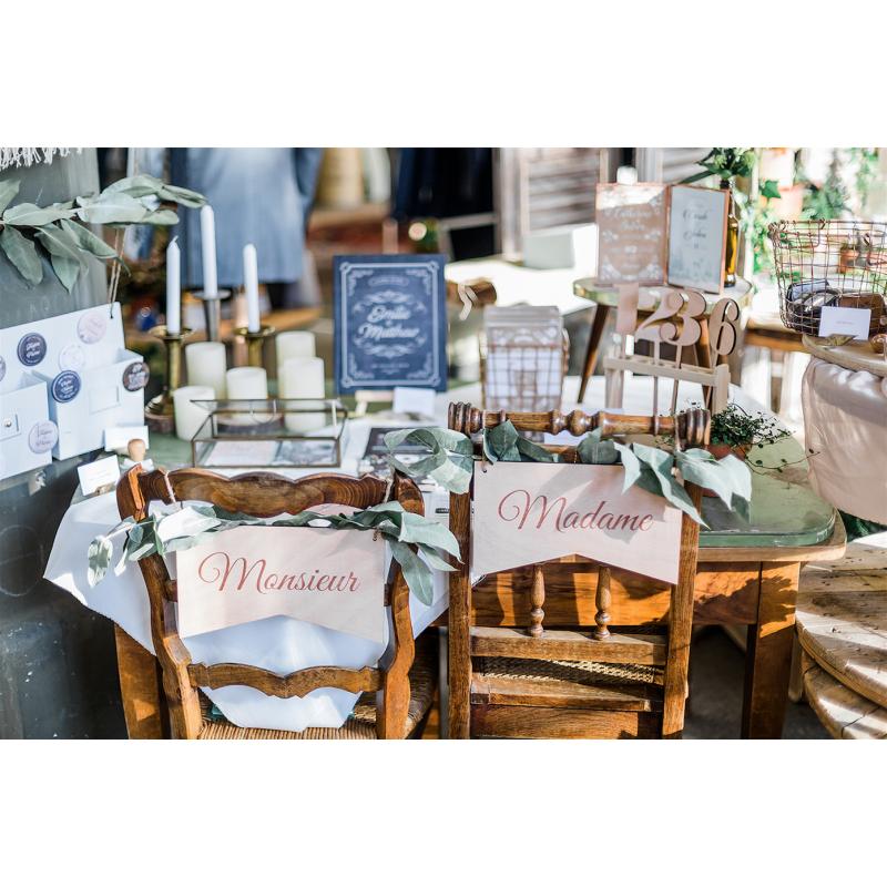 mariage pancarte en bois d coration de chaise inscription monsieur. Black Bedroom Furniture Sets. Home Design Ideas