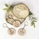 Porte-clé en bois mariage rustique personnalisé prénoms et date