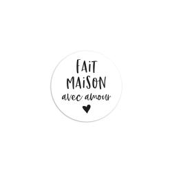 Sticker rond fait maison avec amour