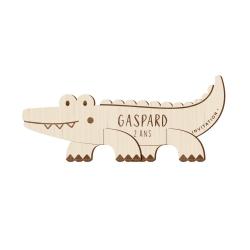 Invitation anniversaire originale en bois crocodile thème savane