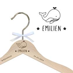 Cintre enfant en bois thème marin illustration baleine