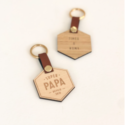 Porte-clé octogonal en bois et cuir pour super papa