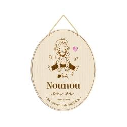 Médaille en bois portrait d'enfant, cadeau original nounou
