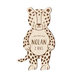 Invitation anniversaire originale en bois léopard