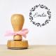 Tampon en bois personnalisé naissance fille couronne de fleurs